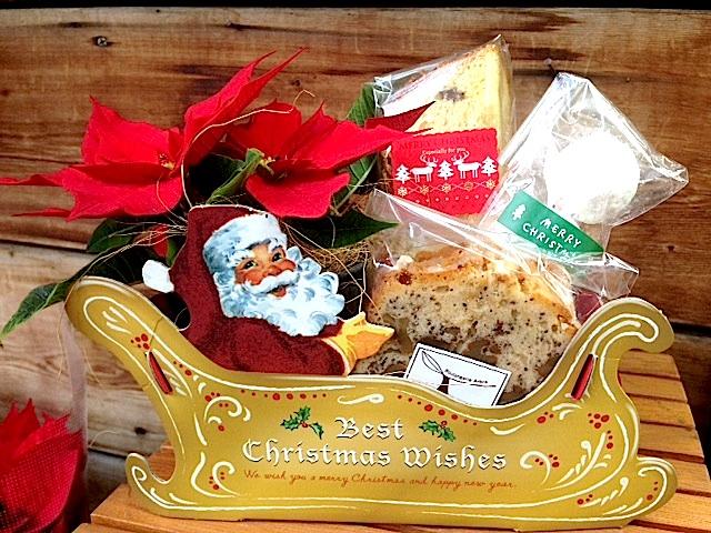 サンタのコラボGift¥1500(焼菓子3個)