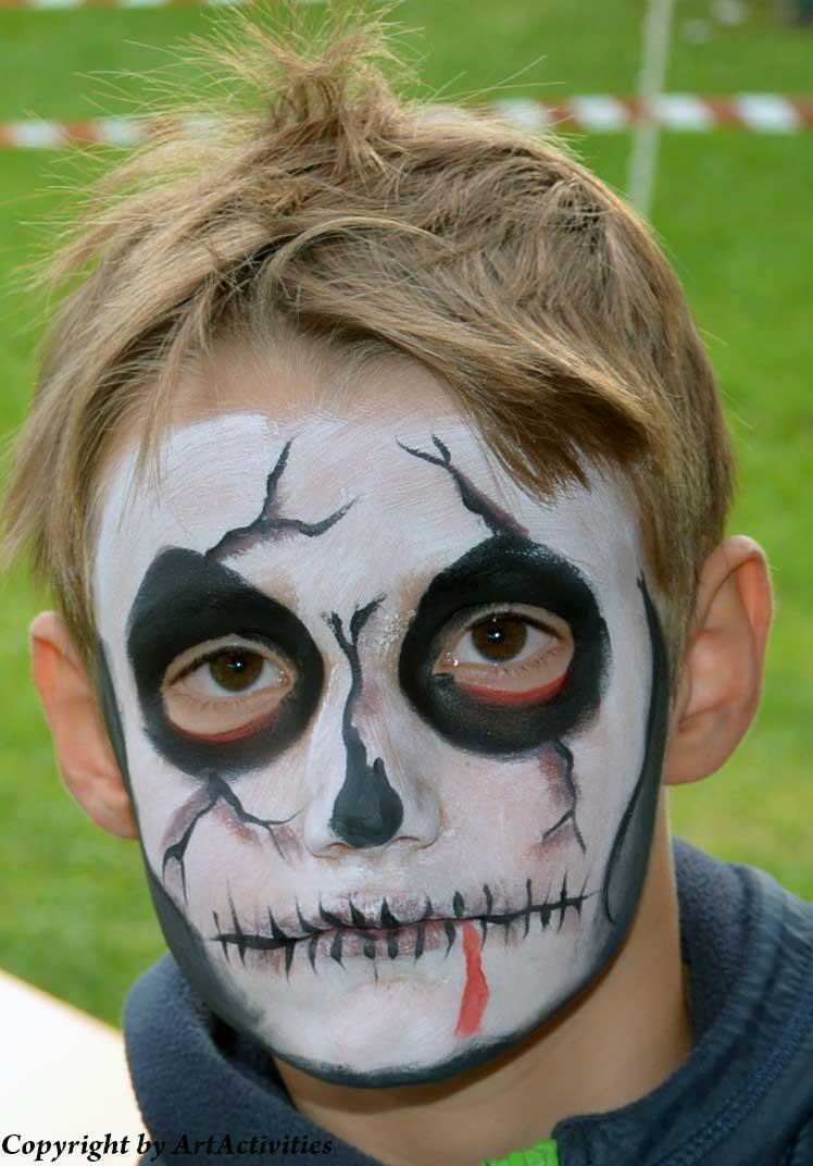 Kinderschminken/Facepainting Totenkopf