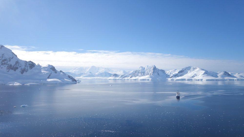 Auf dem antarktischen Festland! Super Aussicht. Paradise Bay: 64°54'S, 62°52