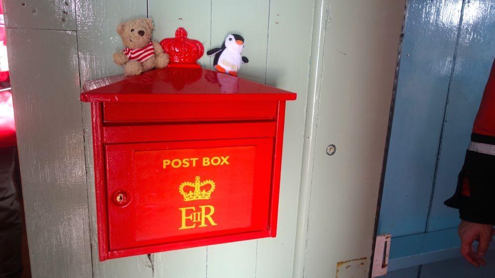 Port Lockroy, südlichstes Postamt der Welt. Wir schreiben an Igel, großer Bär und alle