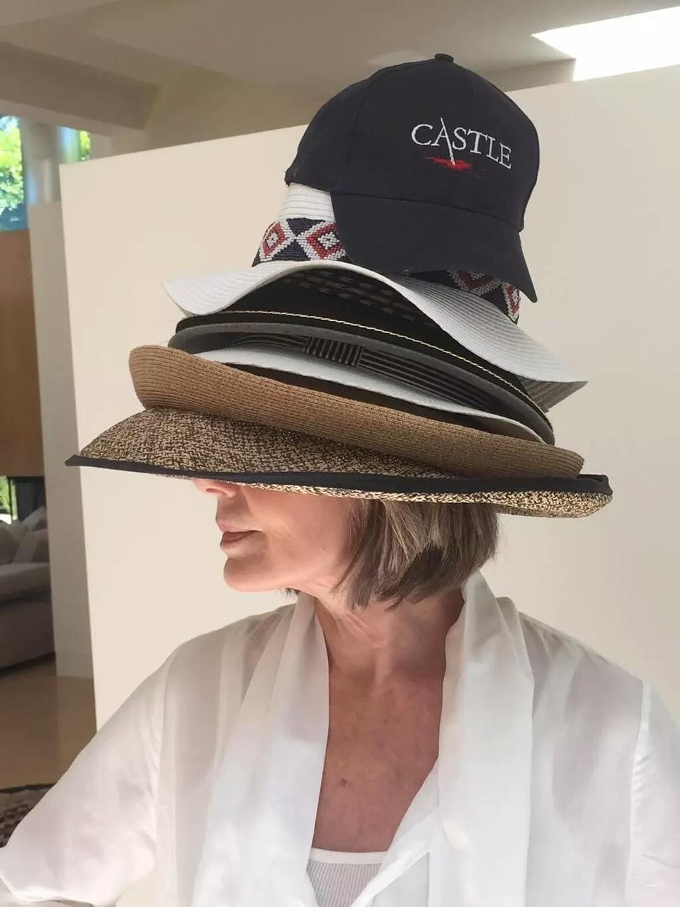 """Wear more hats!"" (c)@realssullivan"