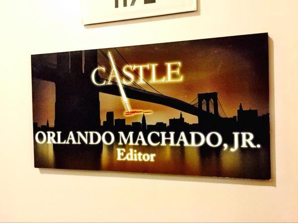 """Back in the saddle again... #CastleSeason8 #Castle"" (c)@machetecuts"