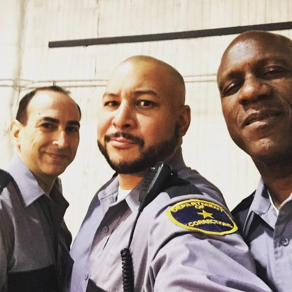 """My crew. #CellBlockSixSquad #Castle #RaleighStudios #LosAngeles #Hollywood #tv #ABC #bgbstudio #actor #prison #police"" (c)@itsthenando"