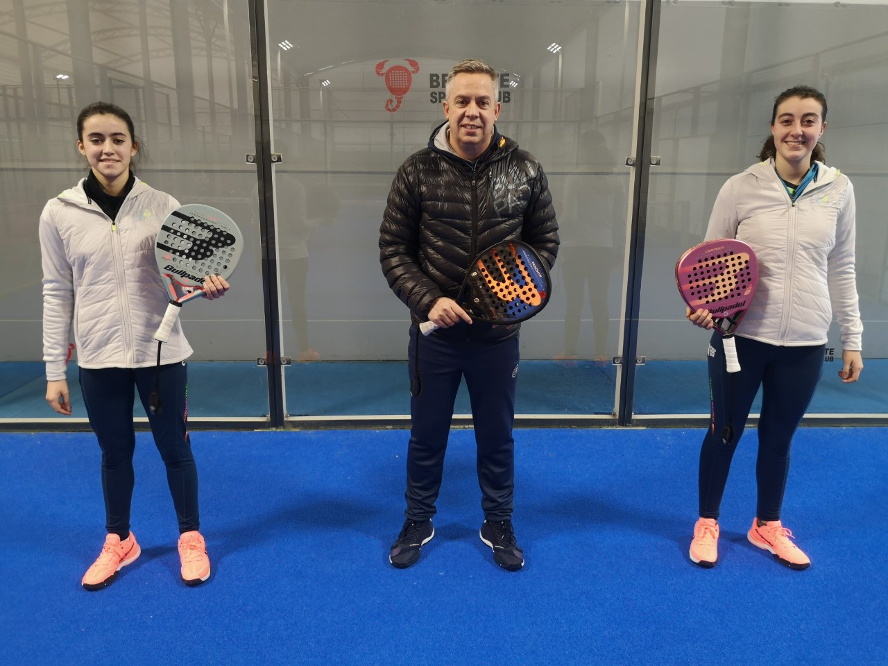Claudia Fernández y Marta Arellano fichan por Bullpadel