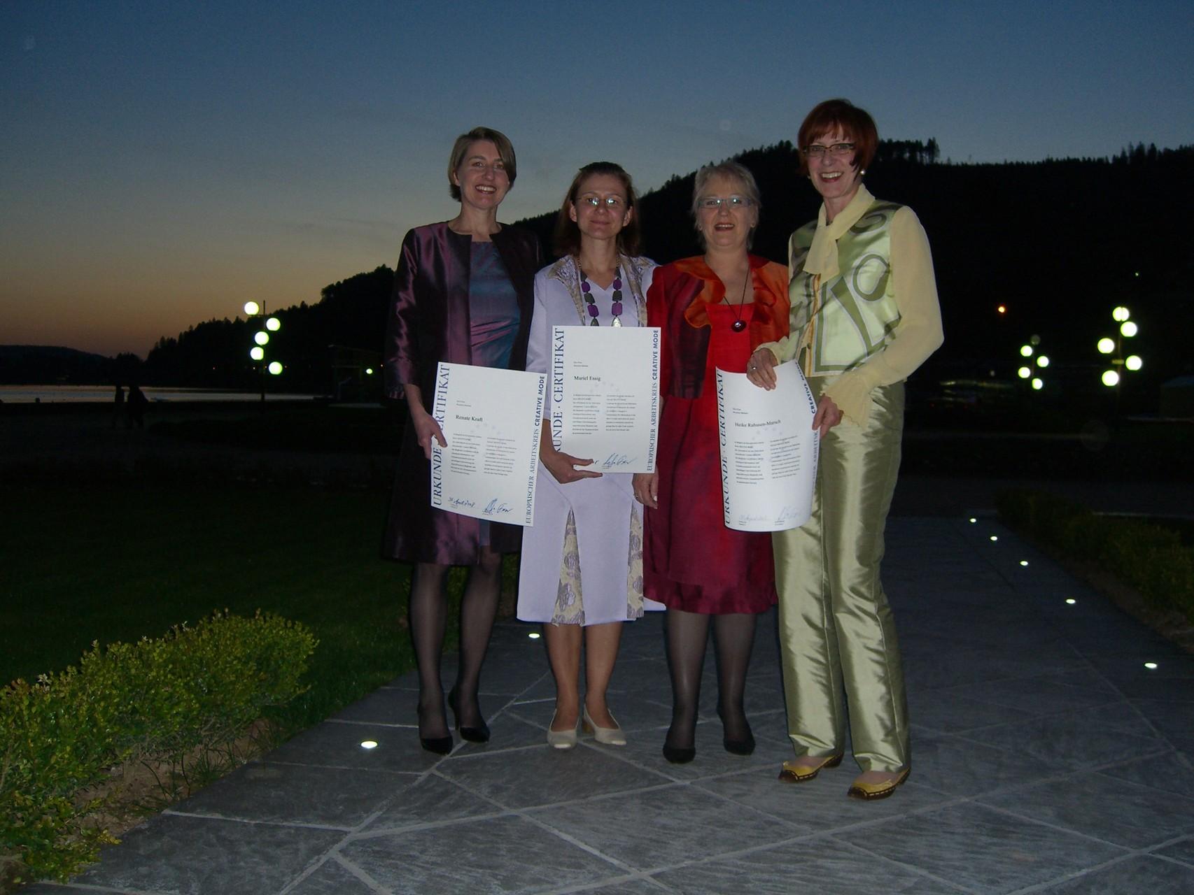 Begrüßung von neuen Mitgliedern: Renate Kraft, Heike Rahusen-Marsch und Muriel Essig  - 2008 Geradmér