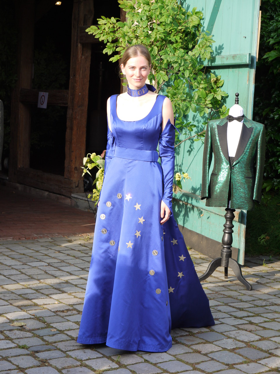 Das Europakleid von Hertha Strecker-Harder