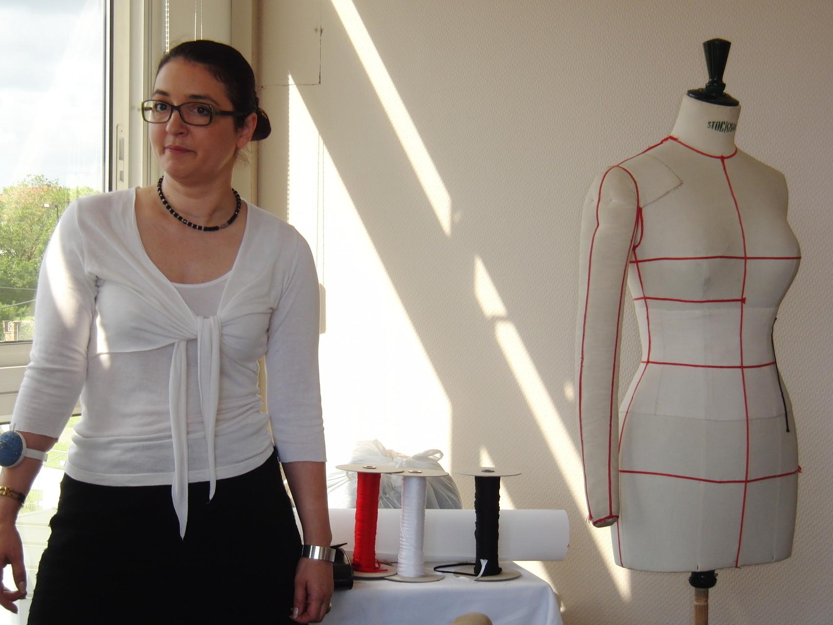 Christiane Fuchs referiert über die Modellage an der Puppe - 2012 Morsbronn-les-Bains