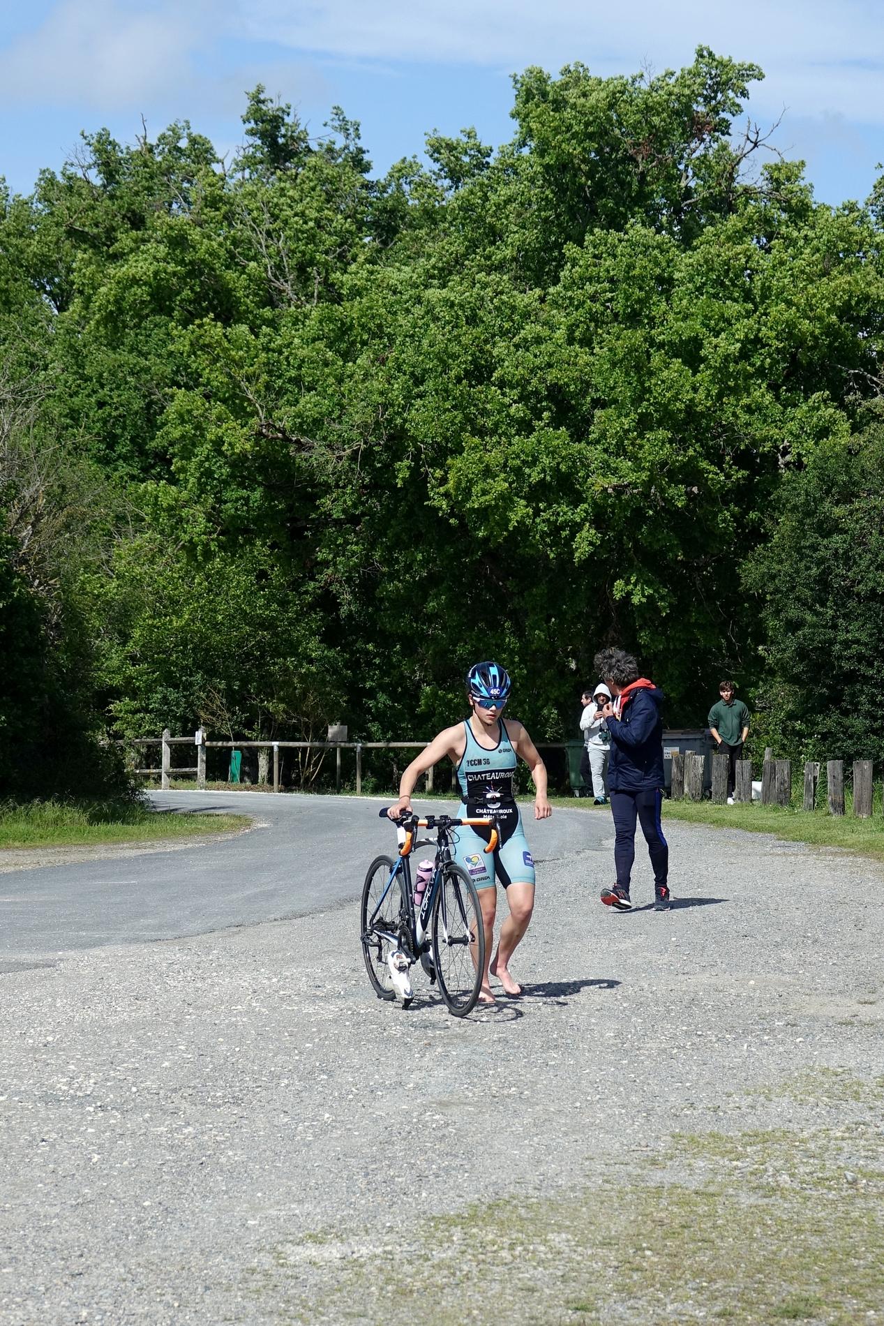 Puis en arrivant au point de départ tu vois débouler des vélos