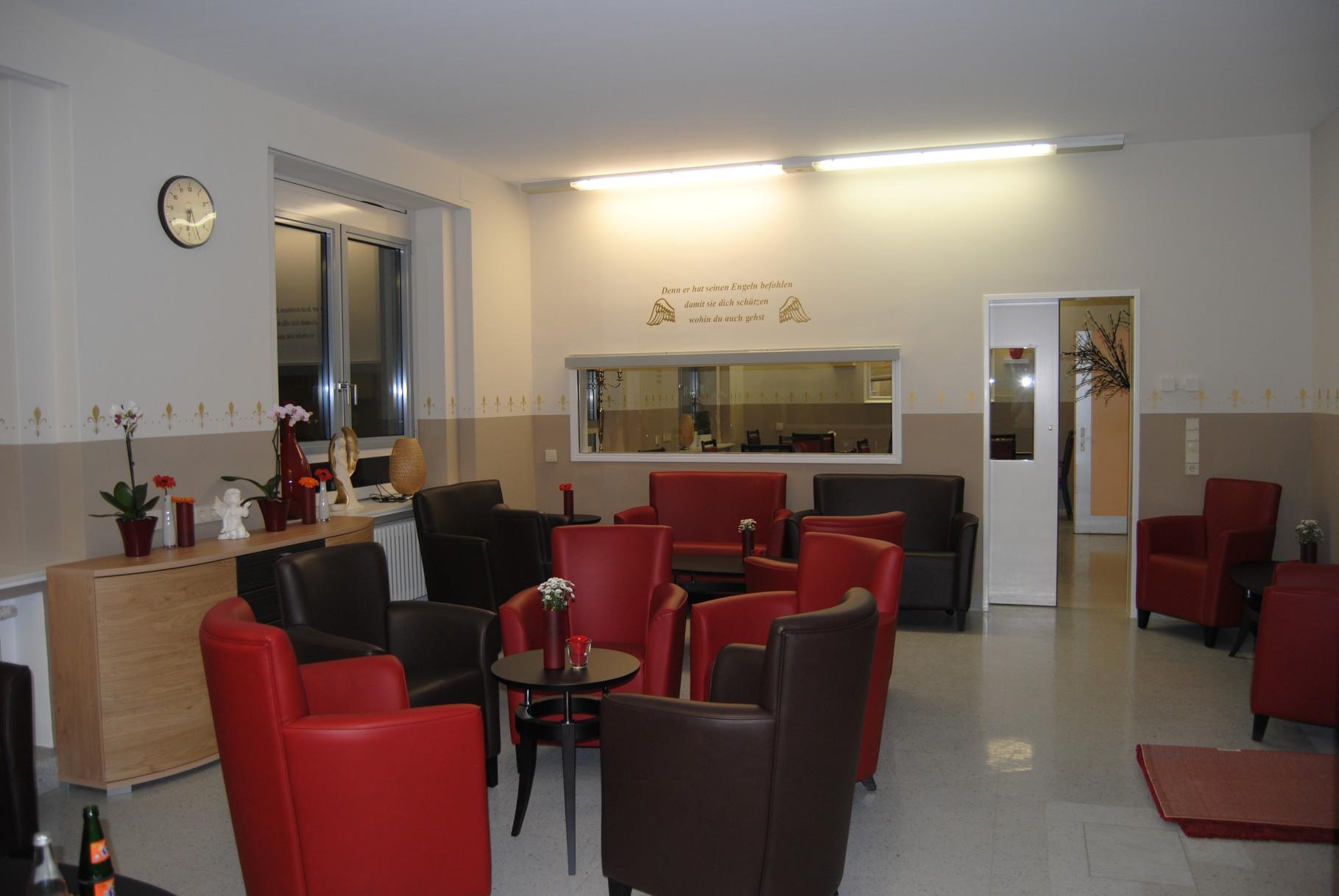 Wohnzimmer. Aktivierungsraum hier wird zusammen in gemütlicher Atmosphäre der Tag gestaltet.