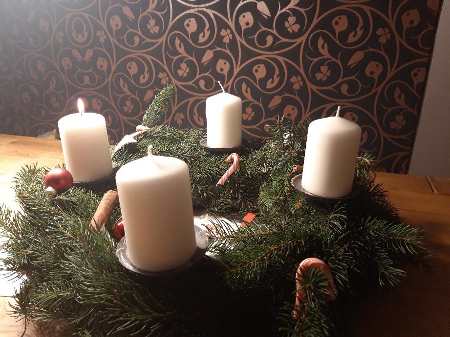 Advent wreath by Daniela