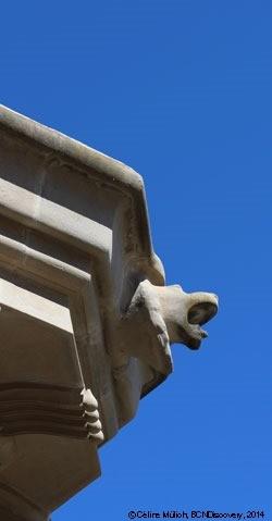 Lion in Parc Güell, Barcelona