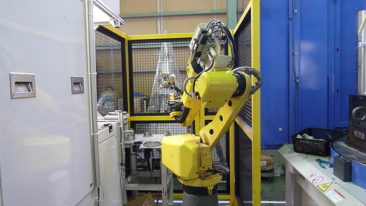 アブレダブルシール部品用多関節6軸ロボット