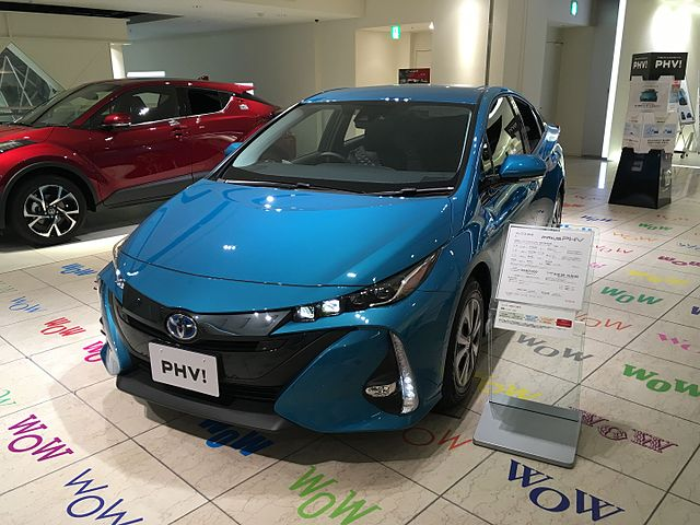 photo by Turbo-myu-z -Toyota prius phv2017(2017)