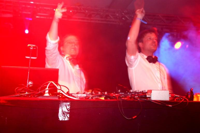 BOW-tanic & DJ Marco D.