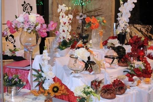 Compositions Florales artificielles, senteurs et Parfums de Maison présentés par Monique