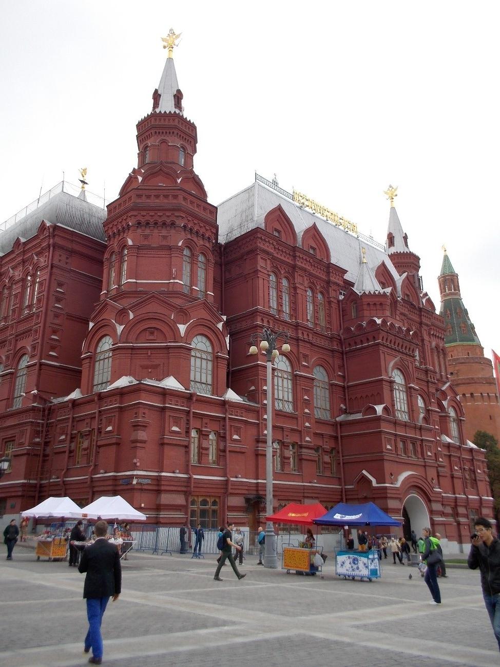 赤の広場 ここでプーチン大統領が仕事をしています!