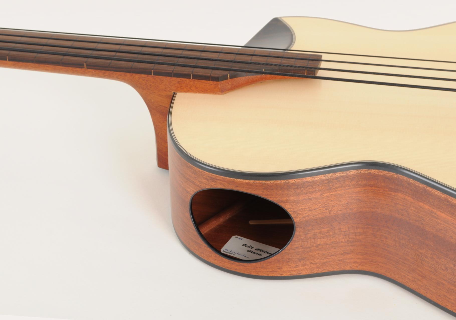 Akustikbass 4-Saiter Prototyp 2