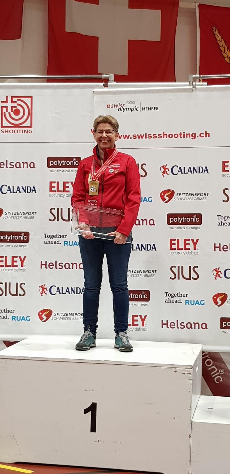Schweizermeisterin Auflageschiessen 10M 2019 - Yv