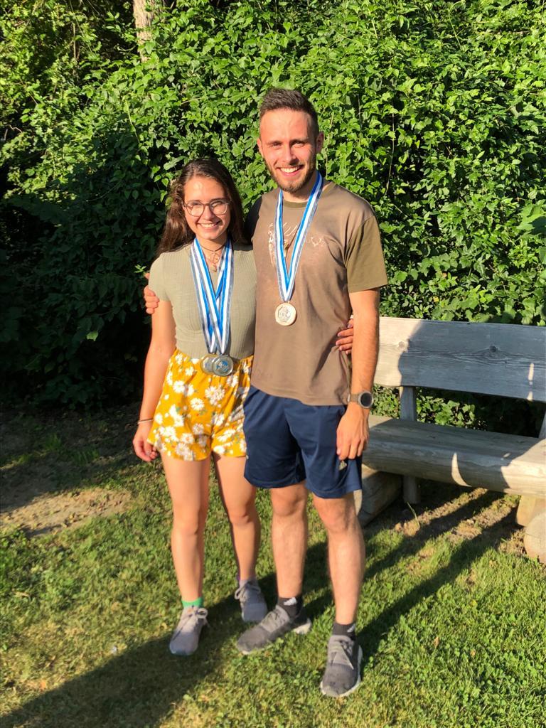 BMS neue Bündner-Rekordhalterin Annina (1.+2.R.) und Andri 3. Rang 3-Stellung