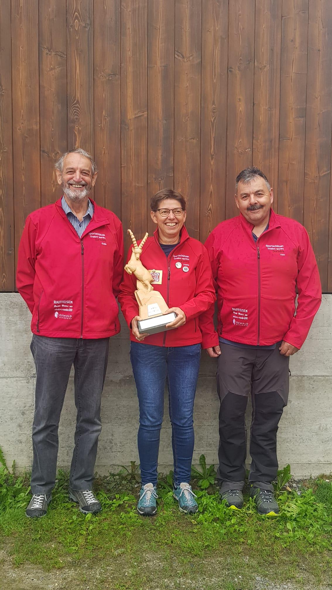 Bezirksmatchfinal 2020 in Pardiala Gruppensieger v.l. Guido * Yvonne * Alfons