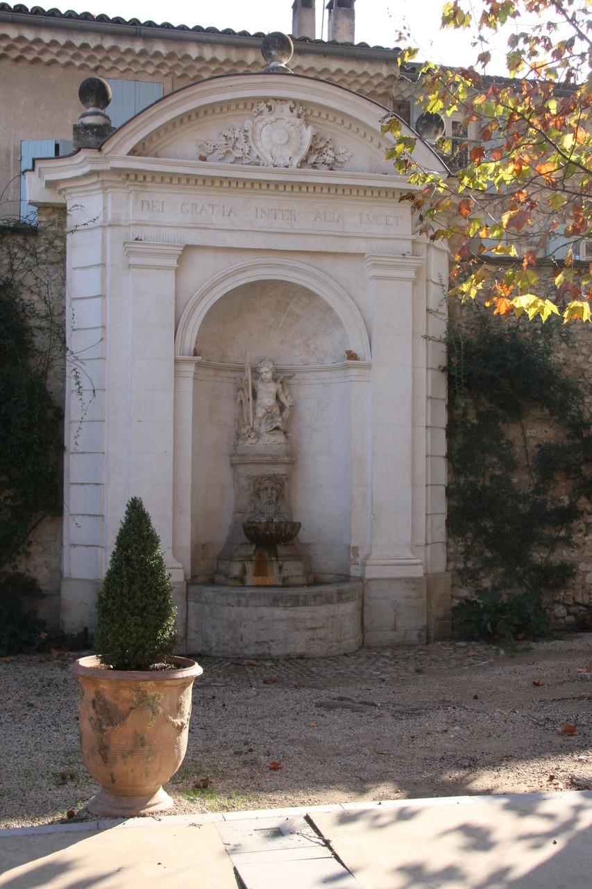 Bild: Fontaine in Pernes les Fontaines