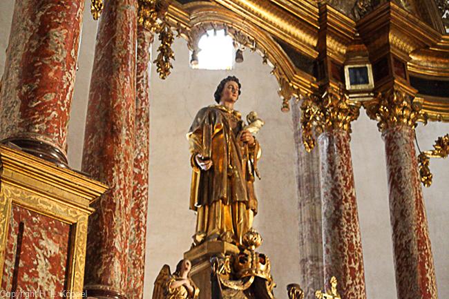 Bild: der Heilige Etienne in der Kirche St. Etienne in Ille-sur-Têt
