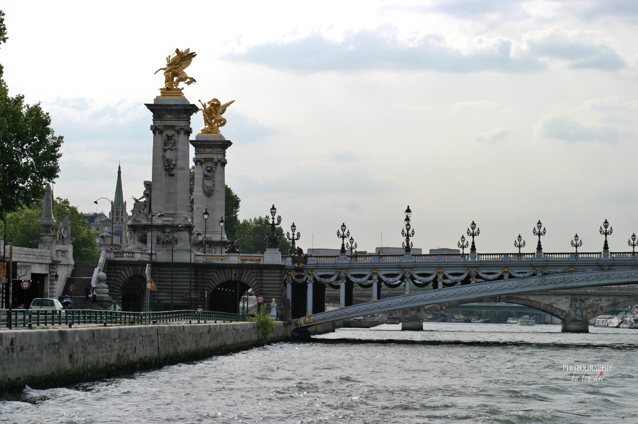 Bild: Pont Alexandré III in Paris