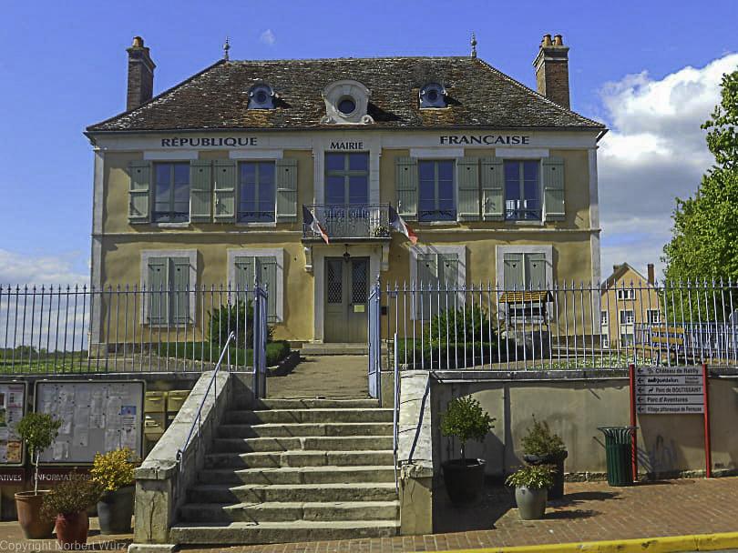 Bild: Das ehemalige Rathaus von Treigny
