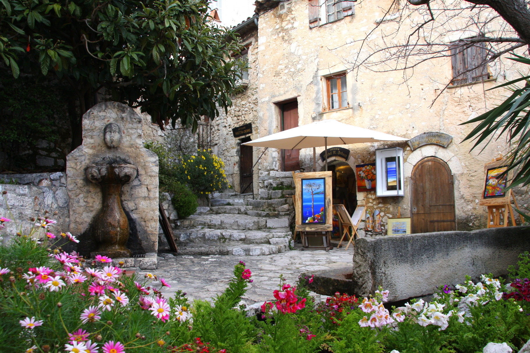 Bild: Fontaine in Èze