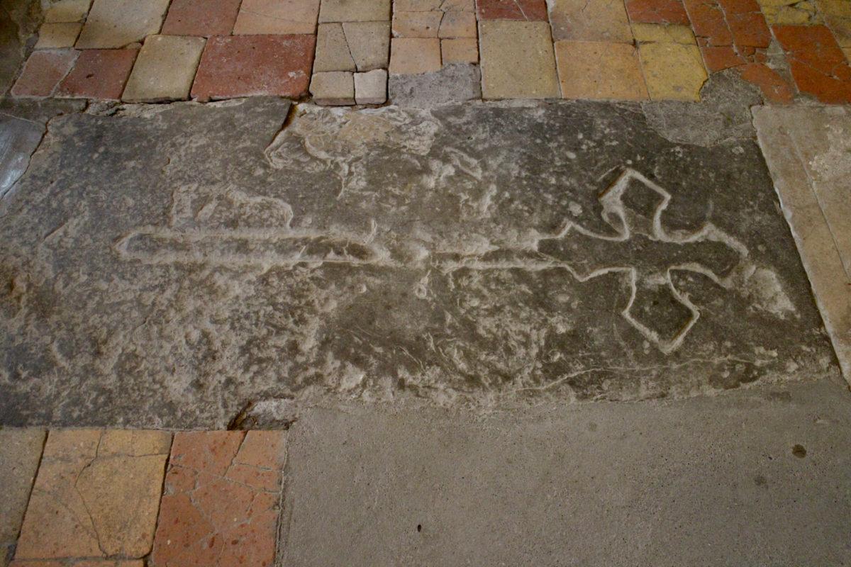 Grablege der Grafen von Carcassonne in der Abbaye de Saint-Hilaire