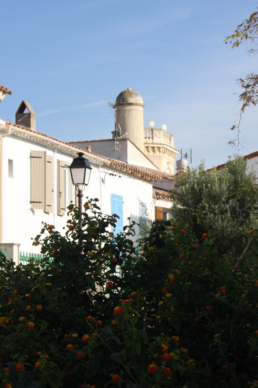 Bild: Blick Richtung Museum in Saintes-Maries-de-la-Mer