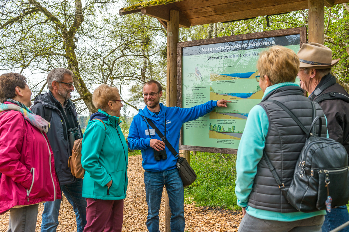 Führung in den Wackelwald (Bild: NABU)