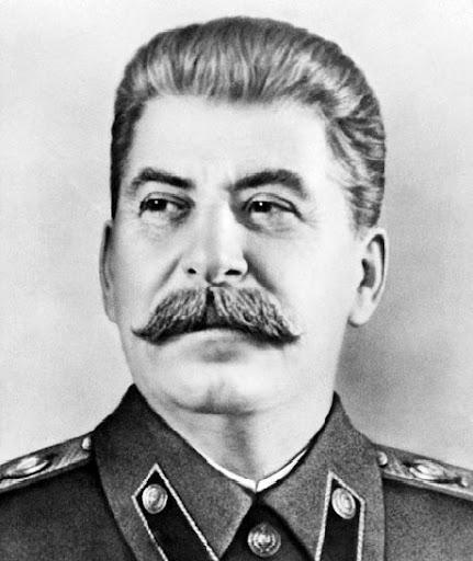 """Joseph Staline, le """"petit père des peuples"""""""