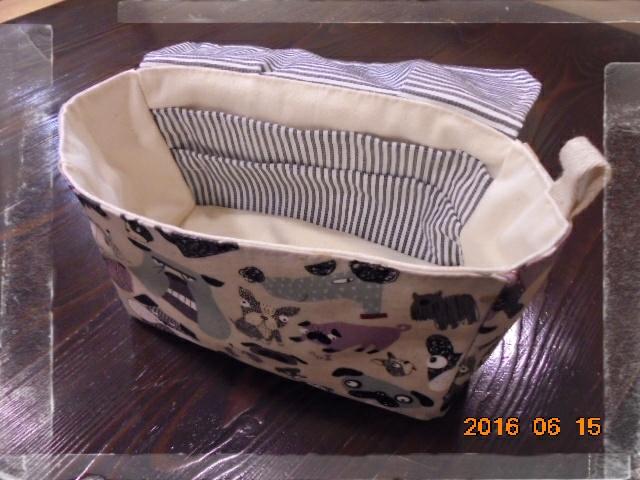 ポッケも細かく付けました、使いやすいです。
