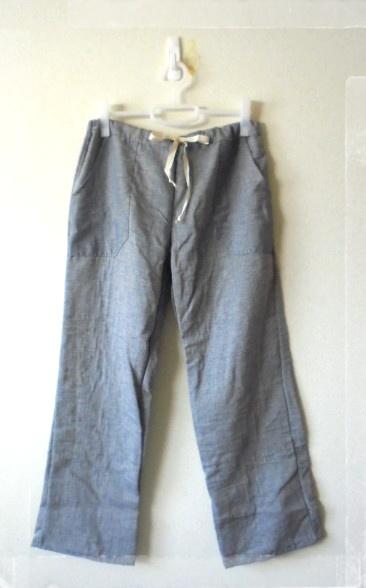 *コットンガーゼ素材のパンツです、着心地が良く部屋着にも最適です。
