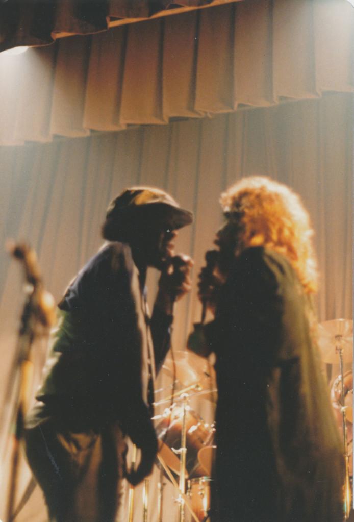 Gemeinsam auf der Bühne mit den Rodgau Monotones (Ronny Williams & Peter Osterwold)
