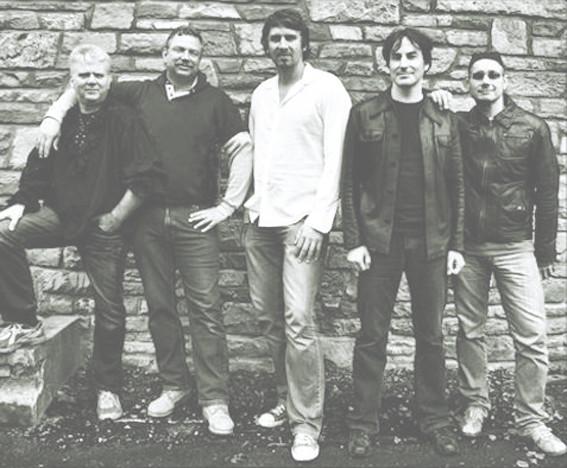 Cheap Turtle 2009, v.l.n.r.: Brett Walmsley, Bernd Pfeffer, Alexander Bonengel, Jörg Fischer, Stefan Deißler