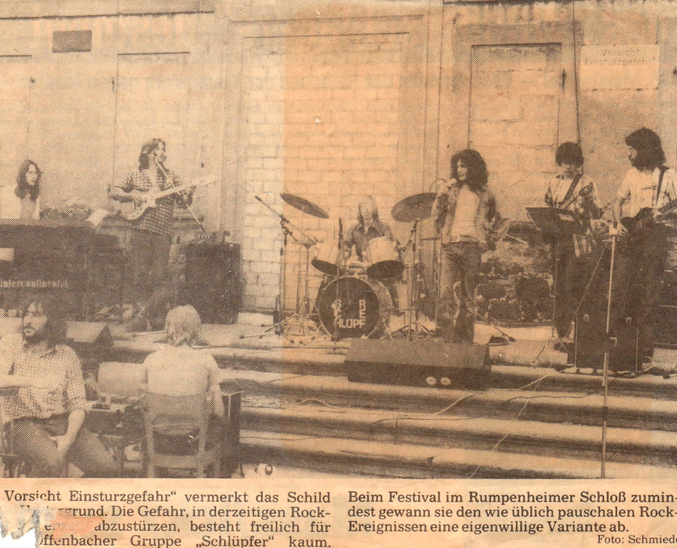 Open Air in der damaligen Ruine des Rumpenheimer Schlosses (1978) - Artikel der Offenbach Post