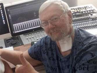 """Die """"Runkelroiweroppmaschin"""" überdauert die Zeit. Jetzt hat Dieter Adam eine neue CD zusammengestellt. © beko"""
