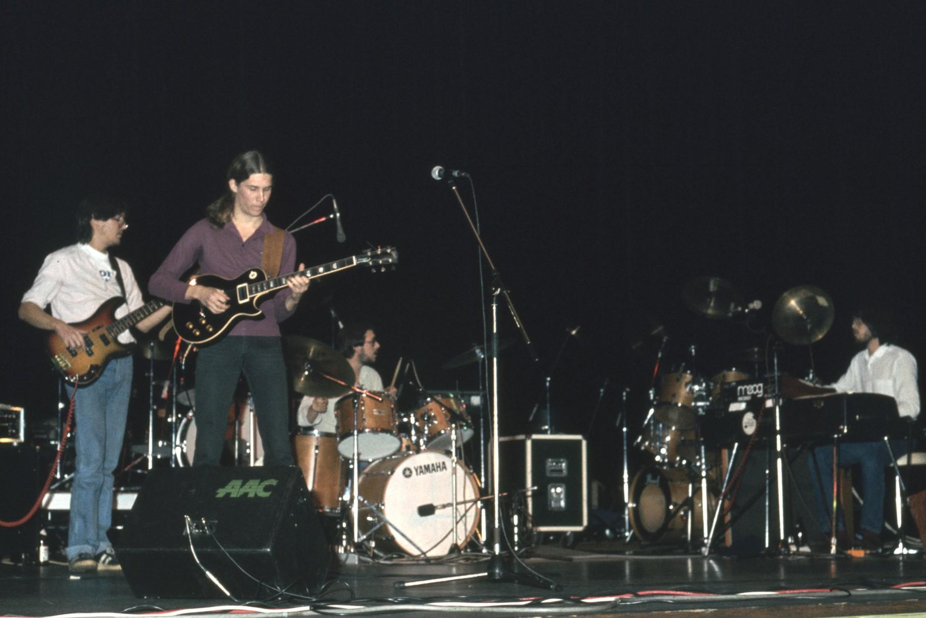 """Auftritt mit """"Aguirre"""" in der Neu-Isenburger Hugenottenhalle (ca. 1982/83)"""