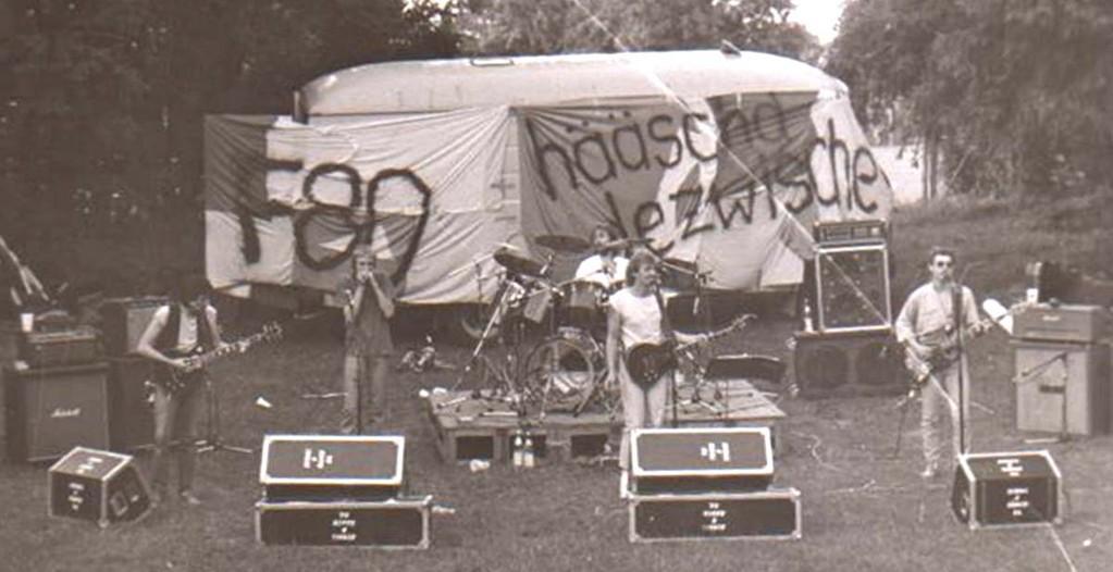 Slapstick, 1984