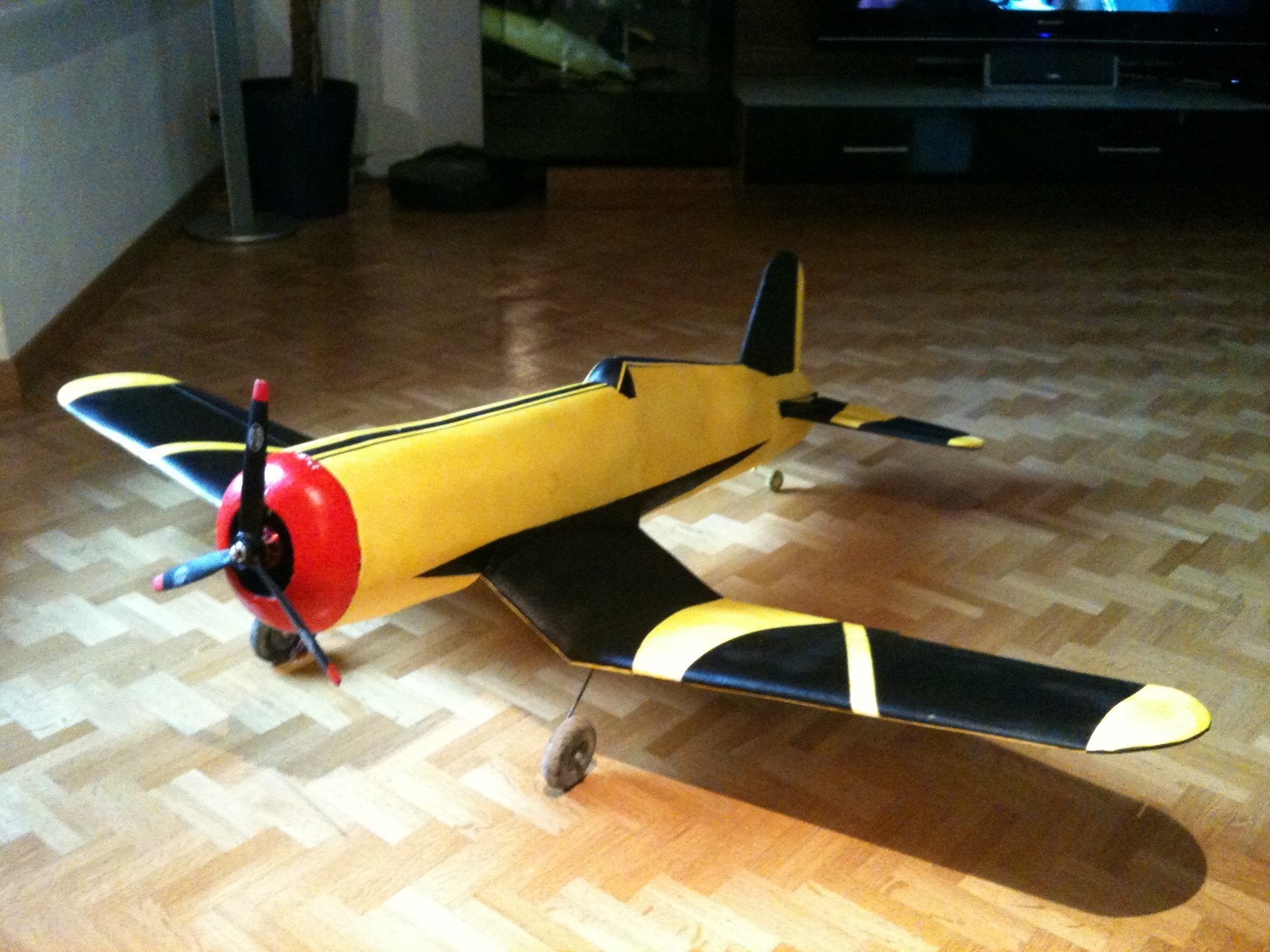 Eigenbau Corsair F4U
