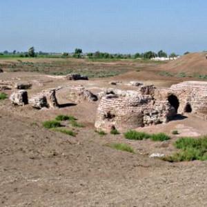 Les fouilles de la ville de Kom al-Ahmer découverte en 1940 (La Repubblica)