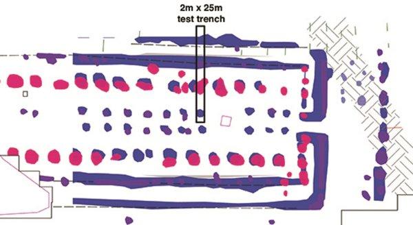 Diagramme du cursus et de la zone d'excavation en évidence. A droite, on peut voir la tombe de Newgrange. Crédit : Joanna Leigh