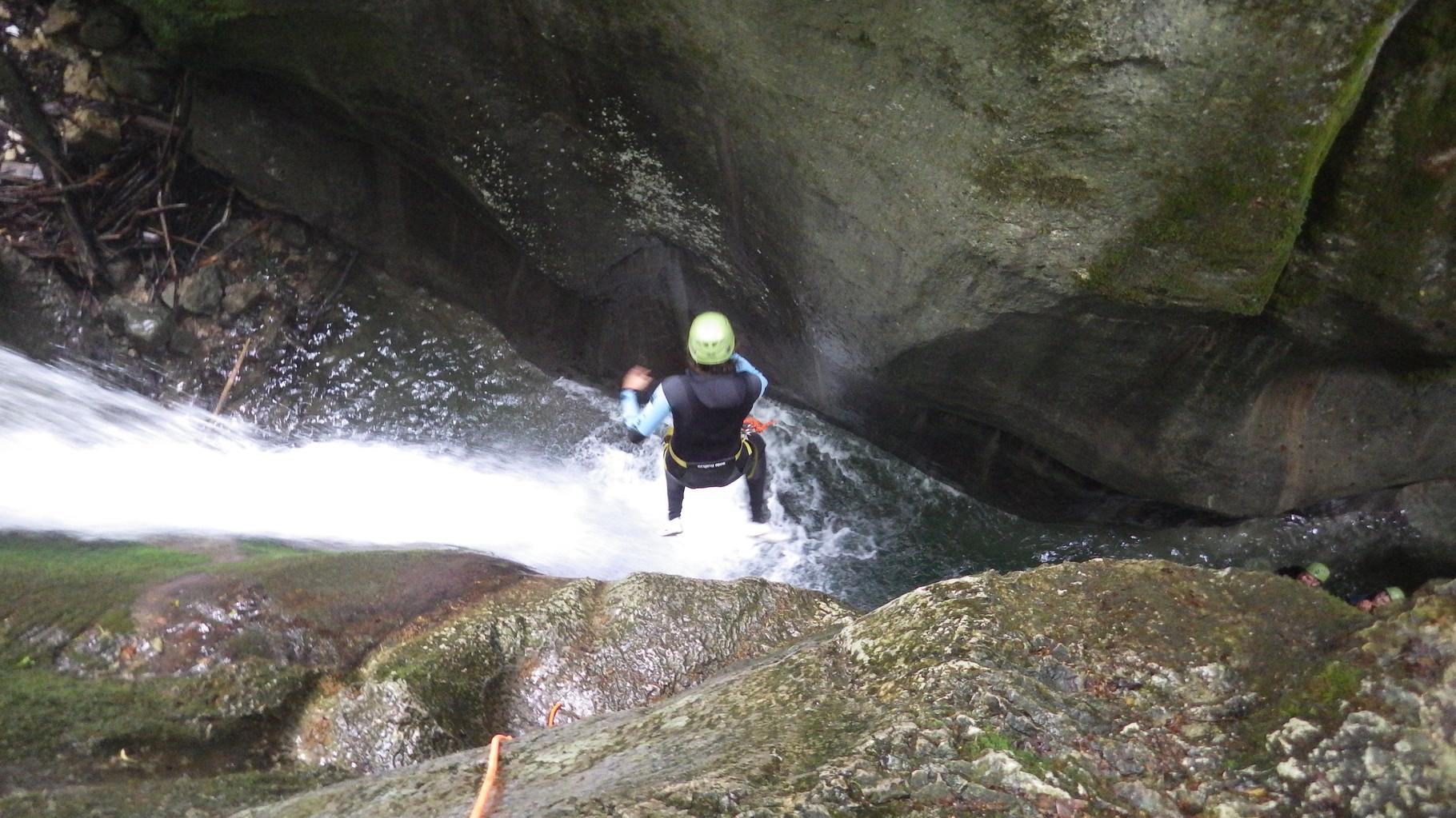 saut à l'entrée du canyon du Furon - Isère - Vercors