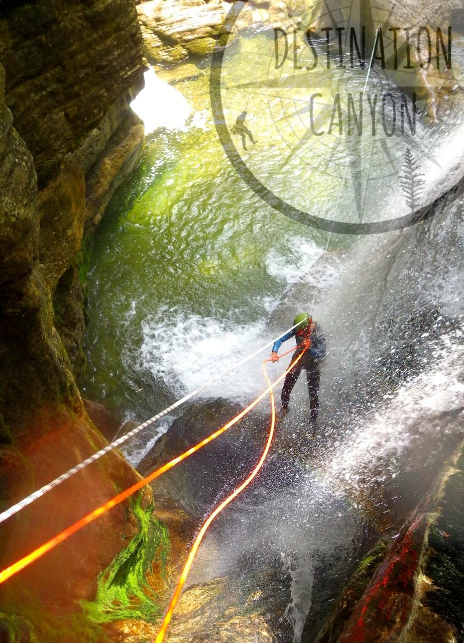 Rappel guidé dans le canyon du Furon 2 - isère vercors