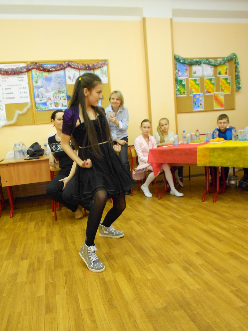 Танец «Щелкунчик» в исполнении Александры Гавриловой.