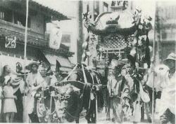 (昭和8年)玉造稲荷神社・夏祭神輿太鼓