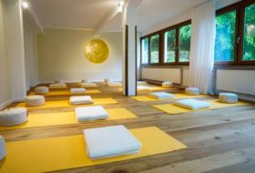 Sunny Yoga Retreat Hollermühle