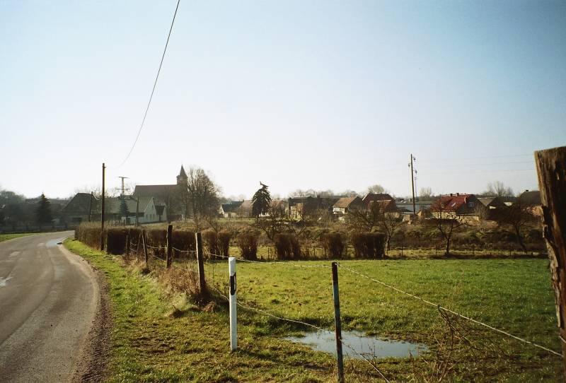 Grabow Krs. Möckern von Süden aus gesehen